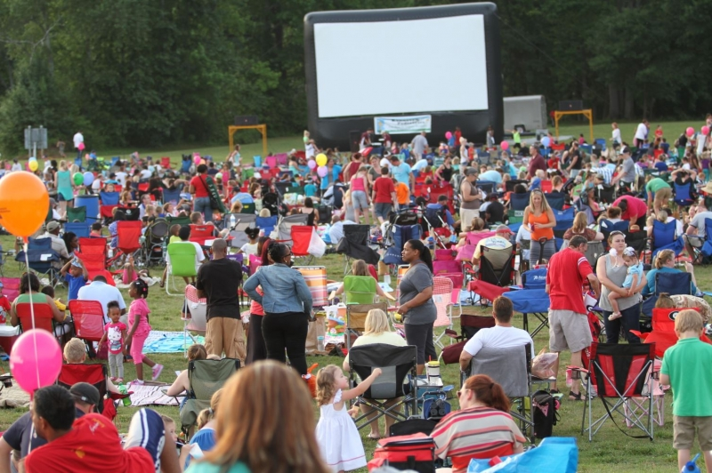 Frozen Movie Show in Swift Cantrell Park