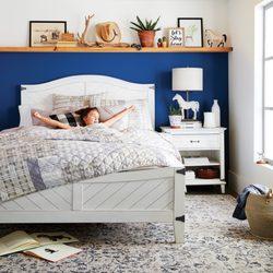 Furniture & Decorators - Pier 1